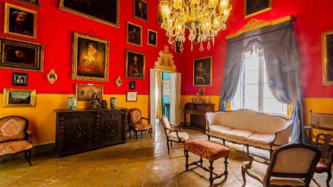 Casa-Rocca-Piccola_Grosser-Salon-2_c-Photos-James-Bianchi_800