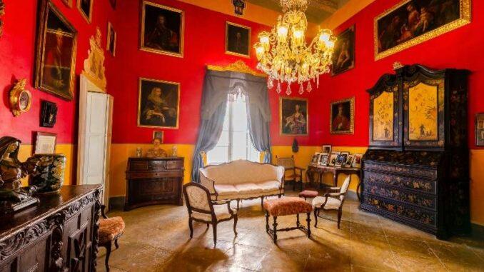Casa-Rocca-Piccola_Grosser-Salon_c-Photos-James-Bianchi_800