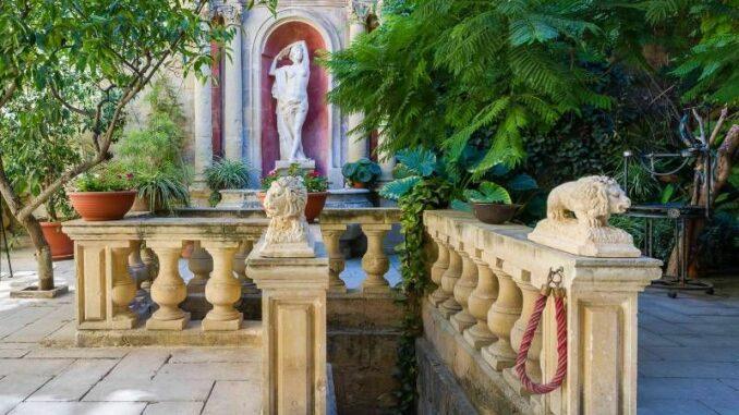 Casa-Rocca-Piccola_Innenhof_c-Photos-James-Bianchi_800