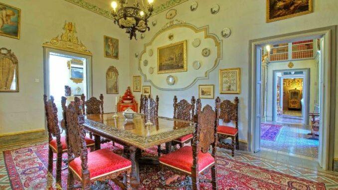 Casa-Rocca-Piccola_Winterspeisezimmer_c-Photos-James-Bianchi_800