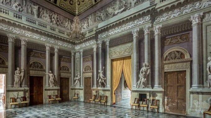 Castello-Reale-di-Govone_Festsaal-mit-Trompe-l-oeil-Malereien_c-Castello-Reale-di-Govone