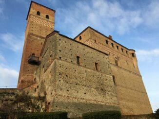 Castello di Serralunga – Die Festung Photo: © Max-Romanelli Castello di Serralunga