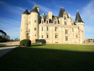 Chateau de La Rochefoucauld im Morgenlicht © Chateau de La Rochefoucauld