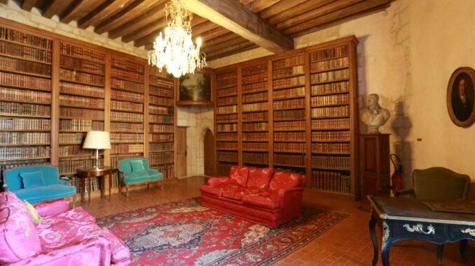 Chateau-de-La-Rochefoucauld_praechtige Bibliothek_c-Chateau-de-La-Rochefoucauld_800