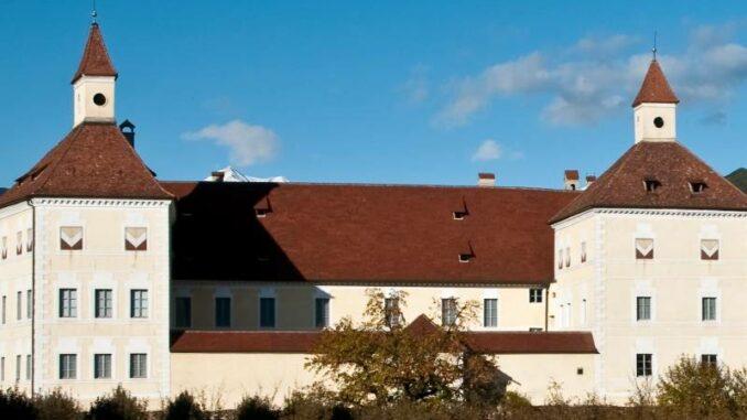 Hofburg-BrixenBressanone_Ansicht-von-Sueden_c_Hofburg-Brixen Bressanone_800