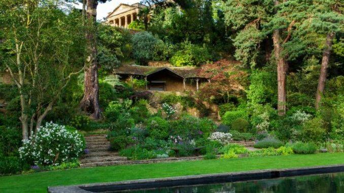 Kiftsgate-Court-Gardens_Blick-vom-Swimmingpool_c_ Kiftsgate-Court-Gardens_800