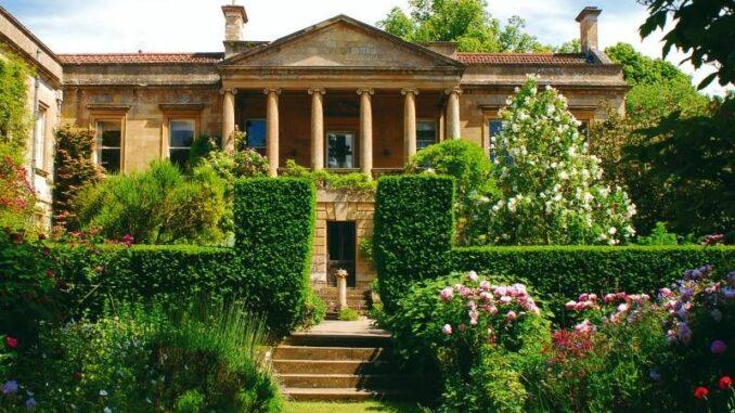 Kiftsgate-Court-Gardens_Gartenfassade _c_ Kiftsgate-Court-Gardens_800