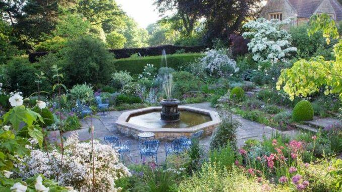 Kiftsgate-Court-Gardens_Weißer-Garten _c_ Kiftsgate-Court-Gardens_800