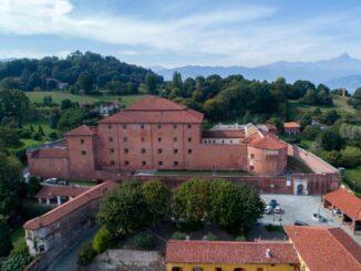 La Castiglia di Saluzzo – Die Burg aus der Luft Photo: © La Castiglia di Saluzzo Lucio Rossi TERRES MONVISO