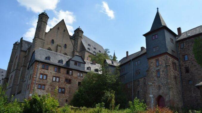 Marburger-Landgrafenschloss _Parkseite_c-M-S-Night_800
