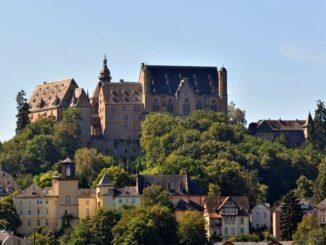 Marburger Landgrafenschloss – Burgpanorama Photo: © Marburg-Stadt-und-Land-Tourismus Georg-Kronenberg