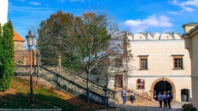 Nitriansky-hrad_Nitra-Castle_Renaissance-Tor_c-Nitriansky-hrad_Nitriansky-hrad_Nitra-Castle_800