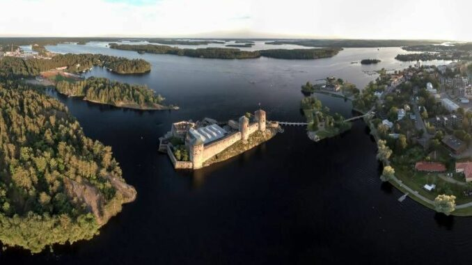 Olavinlinna_Burg-und-Stadt_c-Finnish-Heritage-Agency