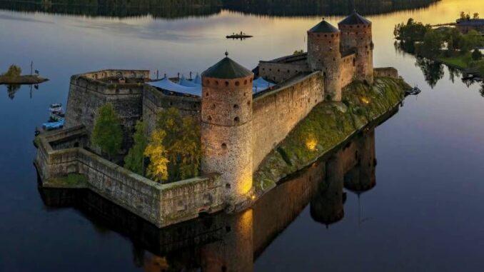 Olavinlinna_Sonnenaufgang_c-Finnish-Heritage-Agency_800