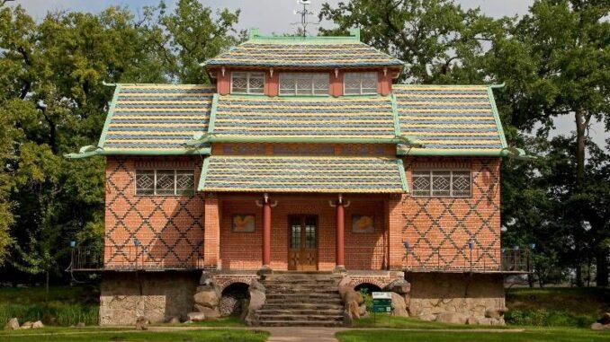 Schloss-Oranienbaum_Chinesisches-Haus_c-KsDW-Bildarchiv-Heinz-Fraessdorf_800