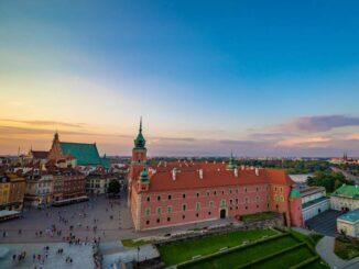 Warschauer Königsschloss Der Schlossplatz aus der Luft © Zamek Krolewski w Warszawie