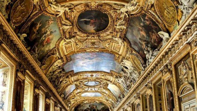 a_Louvre_Galerie-d-Apollon_c-Tasos-Lekkas_800