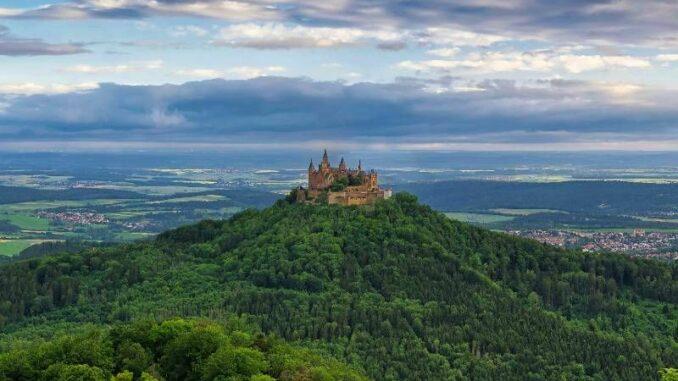 Burg-Hohenzoller_Panorama_c-Paul-Henri-Degrande_800