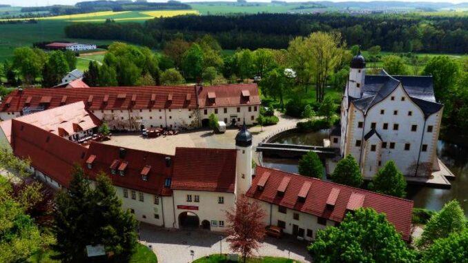 Wasserschloss-Klaffenbach_aus-der-Luft_c-Steffen-Thost_800
